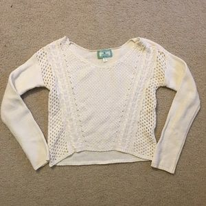 Ruby Moon cream off white v neck sweater